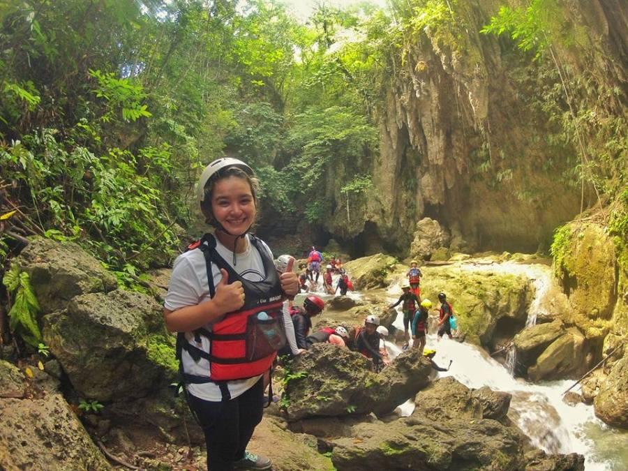 badian-canyoneering-stalactites